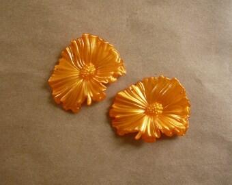 Vintage Resin Tangerine Flower Pendants