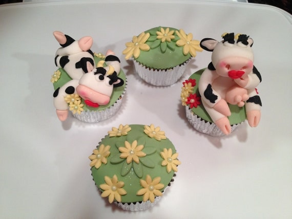 Art By Cow Cake : Edible Fondant Cow cupcake toppers / cow / cow cupcake topper