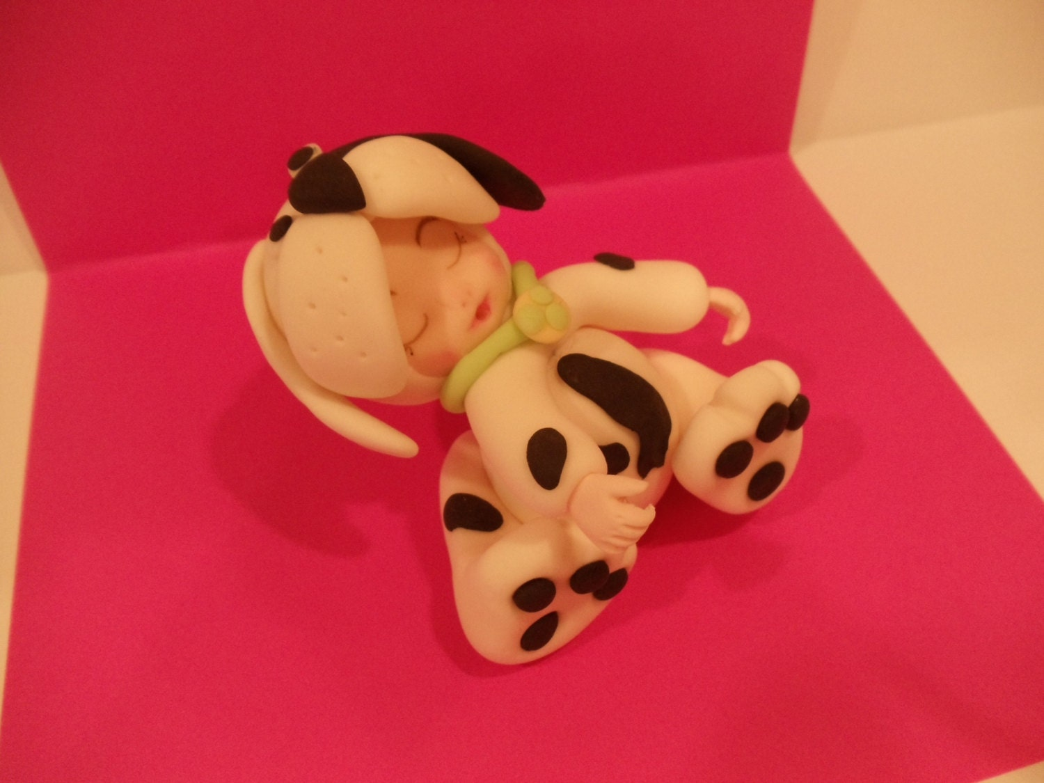 Edible Dog Cake Images : Edible Fondant Dog cupcake cake topper by Toppers4you on Etsy