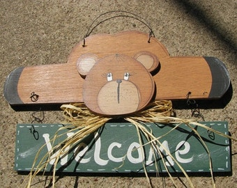 Country Crafts Welcome Bear Green Banner