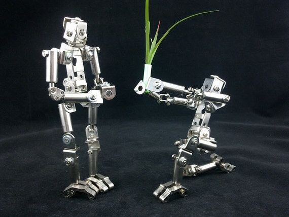 DIY assembly movable joints can do a variety of actions metal robot model small ornaments