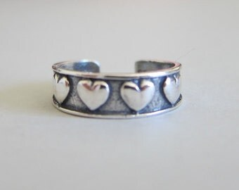 Adjustable Sterling Silver Heart Toe Ring, Midi Ring, knuckle Ring.