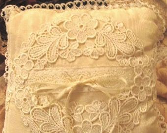 Vintage looking pillow with Antique Laces