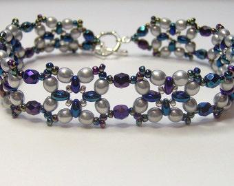Silver and rainbow beaded bracelet, beaded bracelet, beadwoven bracelet, silver bracelet, rainbow bracelet, summer bracelet BR020