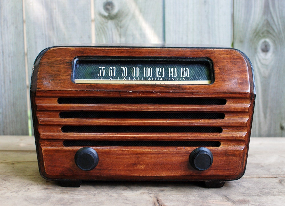 antique rca victor radio with bluetooth. Black Bedroom Furniture Sets. Home Design Ideas