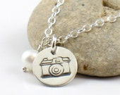 Shoot - Little Camera and Pearl Charm Necklace Silver