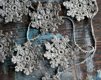 Crochet Garland - Wall Hanging - Small Doily Bunting -- Snowflake garland -- 16 motifs --- natural linen
