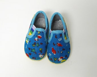 LETTERS & NUMBERS . vintage blue . corduroy . baby slip-on shoes