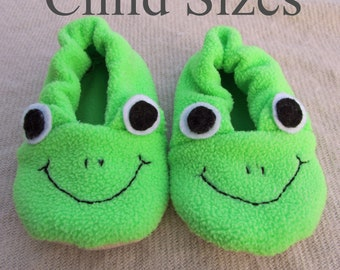Frog Slipper Sewing Pattern PDF. Child Sizes Toddler/Child 8-13 and Youth 1-4