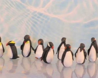 Pair of miniature penguins   1:12 scale