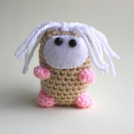 Pig Rabbit Amigurumi Patron : Flower the Amigurumi GuineaPig Miniature by cutedesigns on ...