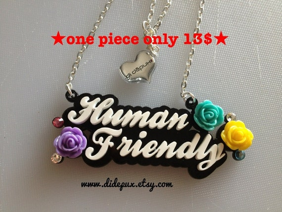 Human friendly necklace