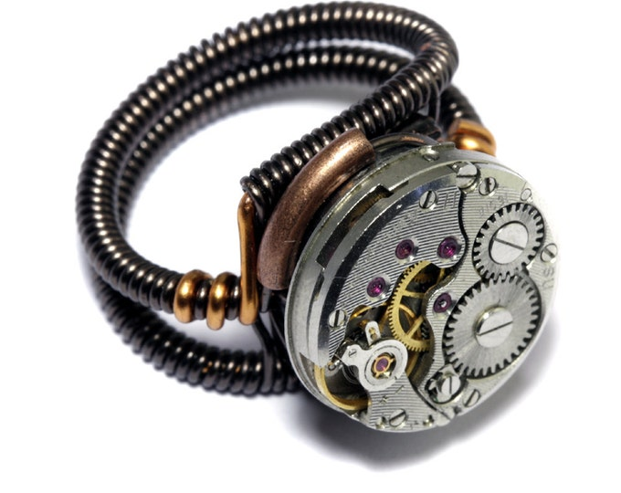 Steampunk Ring -  Antique Vintage Watch Movement