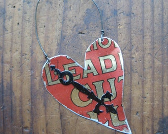 Vintage Reclaimed Red Tobacco Heart Tin Ornament, Upcycled, Gifts under 15, gifts for her, Christmas ornament, ready to ship