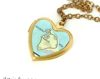 Hawaii Map Necklace, Vintage Brass Heart Locket, Brass Chain - Version 2 - Gift under 40