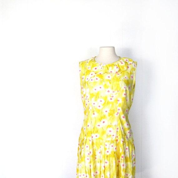 Mod 1960s Dress / Yellow 60s Dress / Floral Summer Dress / XL