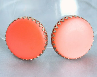 Vintage Big Round Orange Earrings Thermoset Clip On Earrings Large Dogtooth Prongs