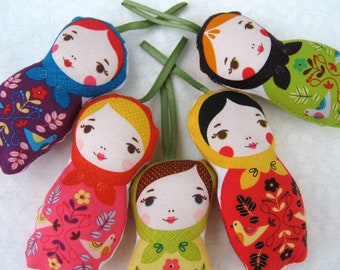 Matryoshka Christmas Ornaments ,  Russian Dolls ,  Nesting Dolls , Party Favors Set Of Five