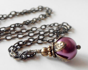 Sangria Bridesmaid Necklace Plum Pearl Necklace Antiqued Style Wedding Jewelry Rustic Wedding Beaded Bridesmaid Jewelry Purple Pearl Pendant
