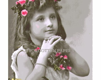 FRENCH FLOWER GIRL - Gorgeous Hand Tinted Real Photo Vintage 1910's  Postcard