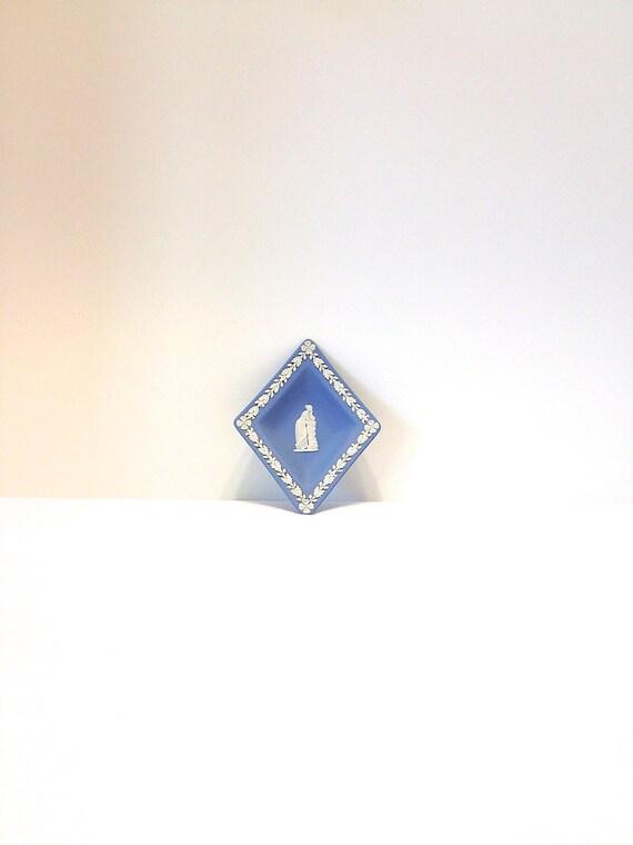 Vintage Wedgwood Jasperware Blue Diamond Card Suit Dish