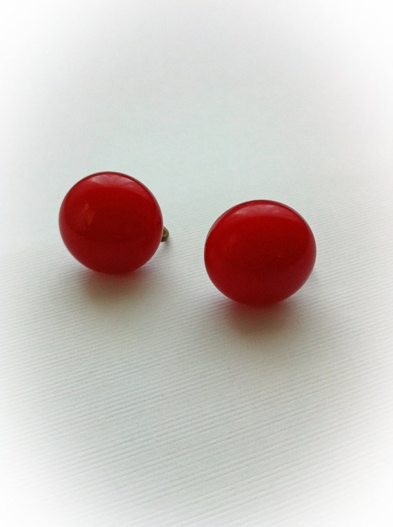 Vintage Red Bakelite Earrings