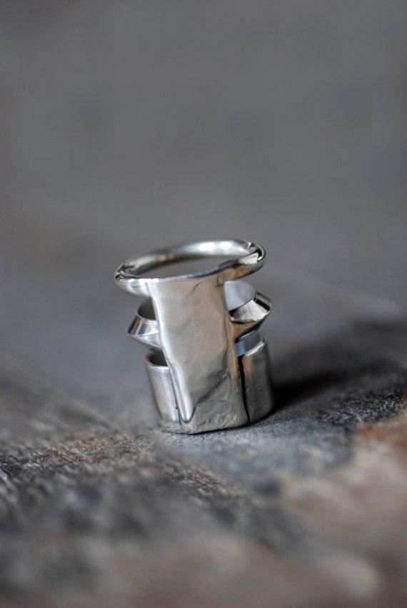Dollybird Artifact Ring