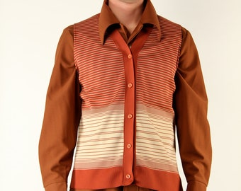 Vintage Mens Vest 70s - Large Ombre Gradient Striping Rust Brick Cream Button