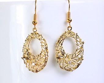 Gold plated rhinestone oval filigree drop dangle earrings (649) - Flat rate shipping