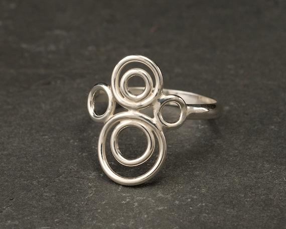 Handmade Sterling Silver Ring -Silver Circles Ring- Circle Ring Band- Modern Silver Ring- Sterling Silver Jewelry Handmade