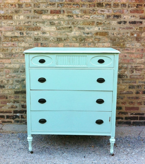 Vintage Dresser In Icy Mint