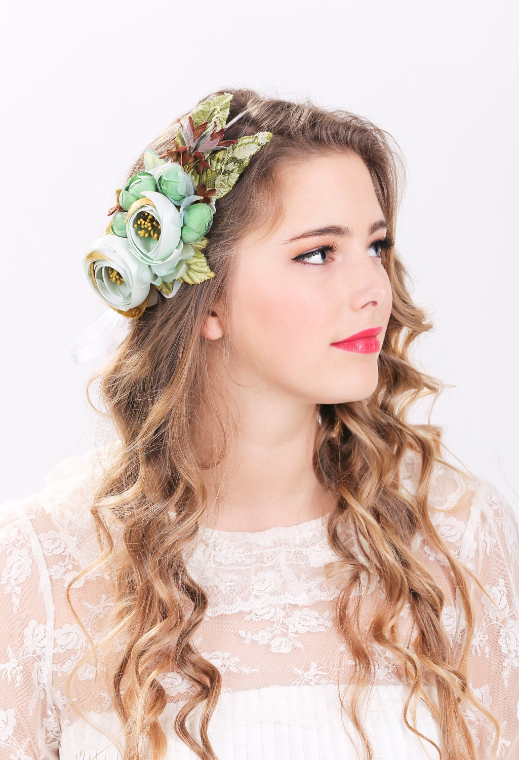 wedding hair flowers bridal flower hair crown woodland wedding sea foam flower 9687