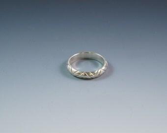 Sterling silver cross-hatch ring