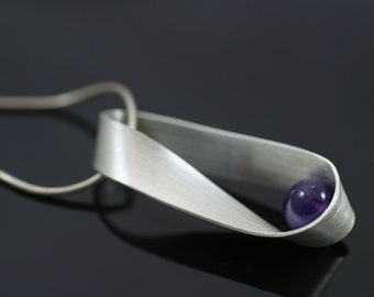 Mobius Strip Necklace - Amethyst
