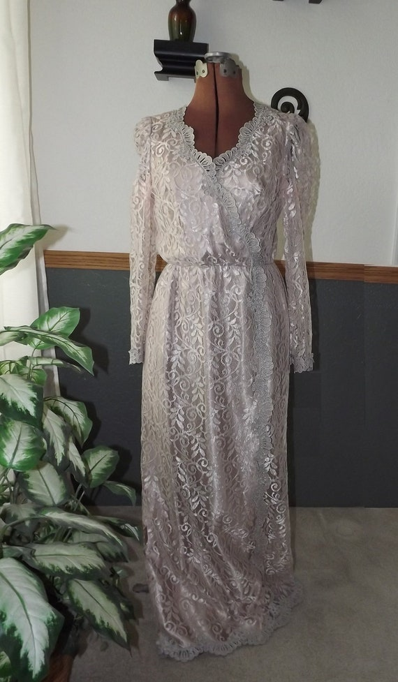 Items Similar Vintage Jcpenney Floor Length Lined Crystal Lace Dress Mob Gown Size Etsy
