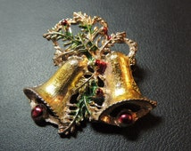 Christmas Brooch, Vintage Holiday Jewelry, Christmas Bells, Vintage Jewelry