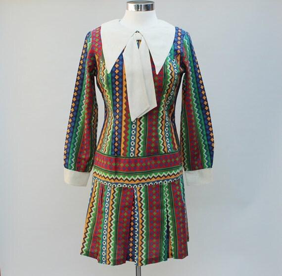 60s Vintage Drop Waist Geometric Mod Big Collar Dress - small