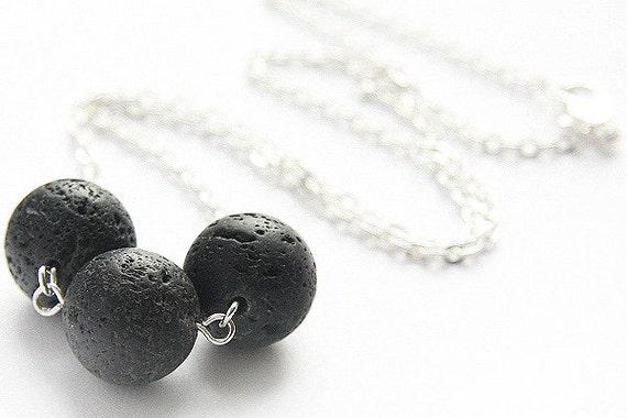 Summer Party Gift Santorini Black Lava Raw Stone Full Moon Necklace Sterling Silver/Gold Essential Oil Diffuser Necklace Modern Minimal