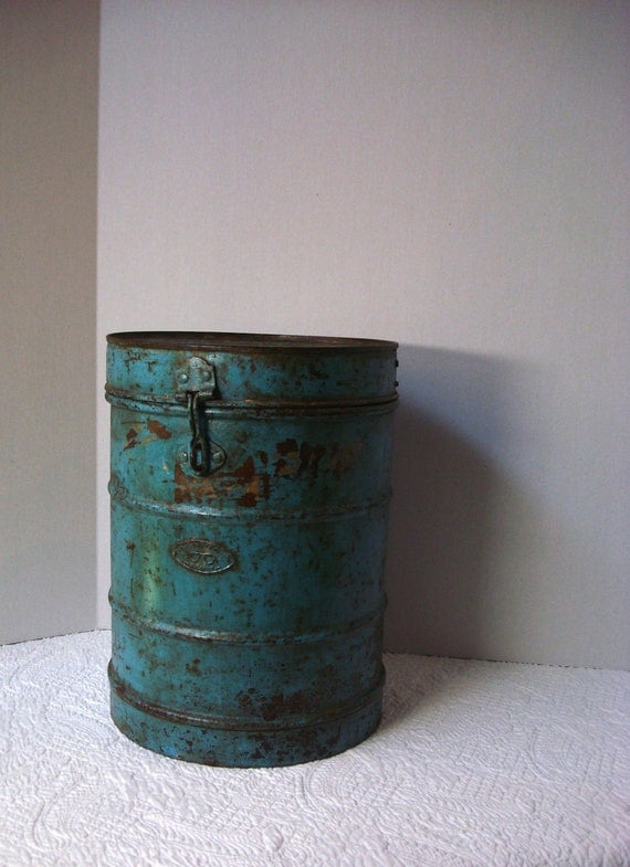 Vintage European Industrial Blue Bucket with Lid and Hinge