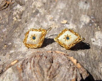Vintage golden earrings from the 50's FREE SHIPPING within the United States