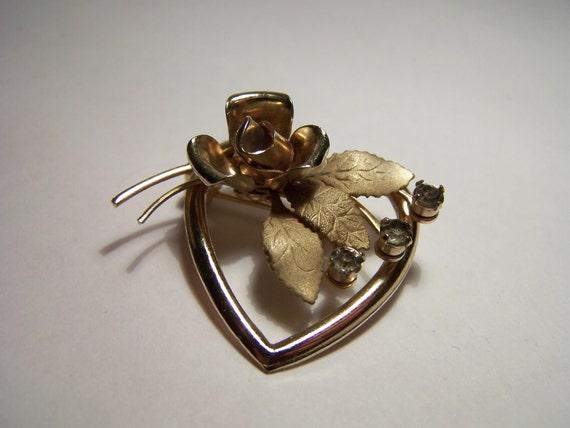 Vintage 1950s Gilt Brooch Heart Rose Crystal Rhinestones Jewellery