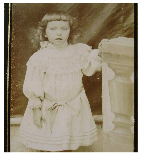 Antique French Photograph Carte de Visite (CDV) - Young Child
