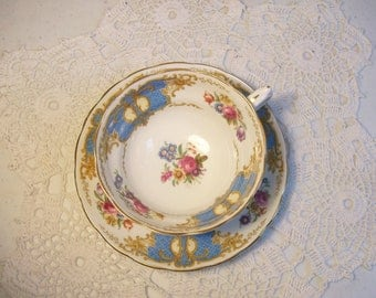 Copelands Grosvenor Tea Cup & Saucer England //