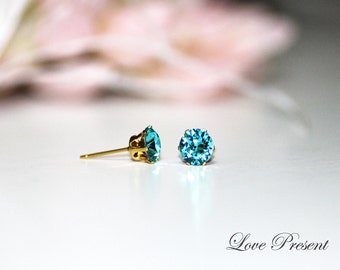 New color FW13/14 - XIRIUS Chaton Cut Swarovski Crystal Birth Stone Stud earrings  - Color Light Turquoise for December