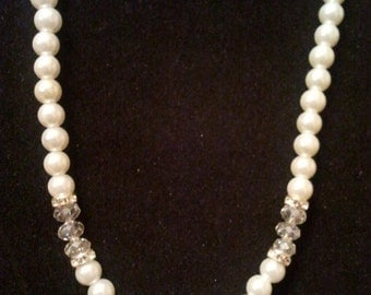White glass pearl necklace with rhinestones
