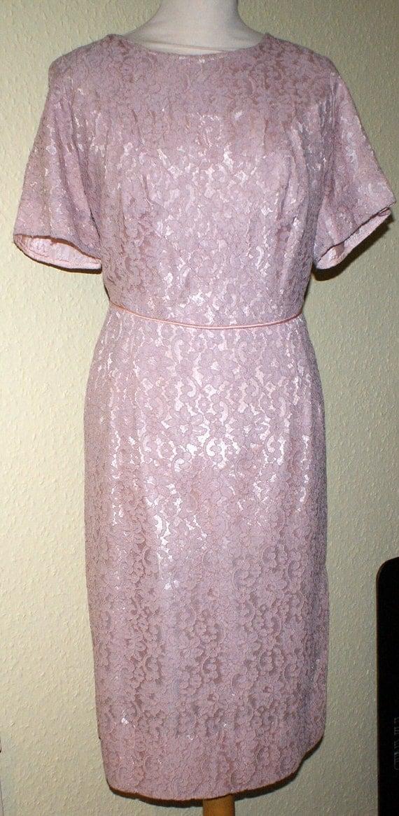 Reduced Vintage 1950s pink lace cocktail wiggle dress XL Plus size Waist 34 Viva Rockabilly