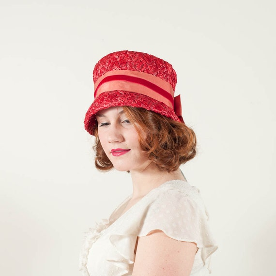 reserved / vintage 1960s hat / cloche / Maraschino
