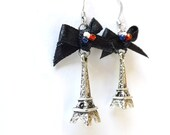 Eiffel Towers with black bows and french flag
