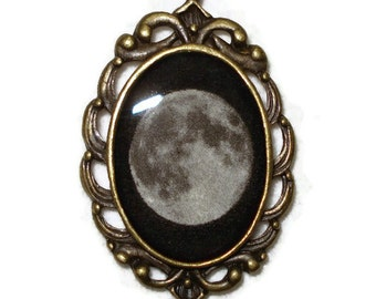 Full Moon Necklace Pendant Jewelry Antique Bronze