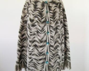 1970s Marled Knit Shawl Fringe Womens Size Small Medium Large